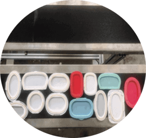 wet wipes lid applicator 3 300x284 - A Buying Guide for Wet Wipes Lid Applicator (Capping Machine)